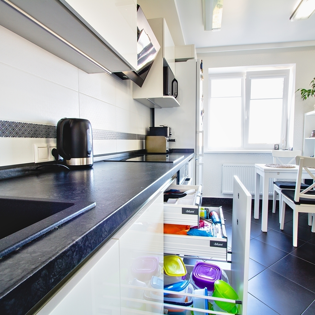 Белый кухонный гарнитур-Кухня из пластика «Модель 608»-фото3