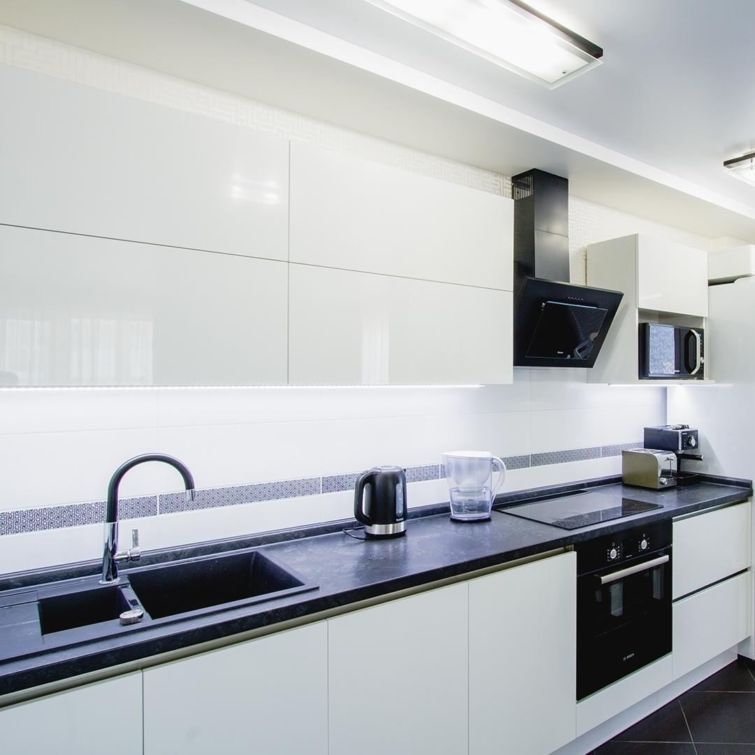 Белый кухонный гарнитур-Кухня из пластика «Модель 608»-фото2