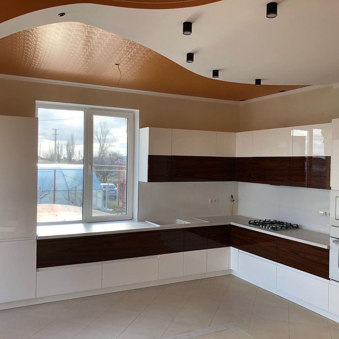 Белый кухонный гарнитур-Кухня МДФ в эмали «Модель 563»-фото1