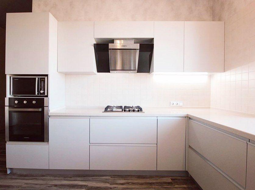 Белый кухонный гарнитур-Кухня из пластика «Модель 665»-фото2